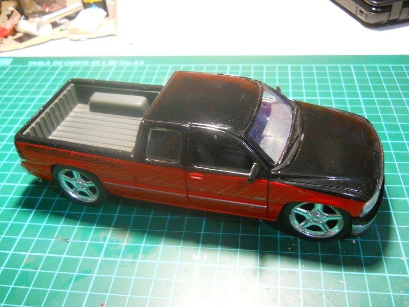 Chevrolet Silverado 1/24 ... finalizada ! DSCN3666800x600_zps3f4dcc73