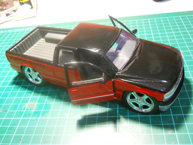 Chevrolet Silverado 1/24 ... finalizada ! DSCN3673800x600_zps028c36c4