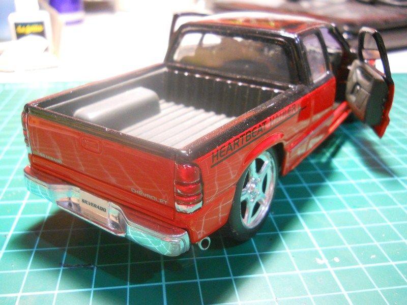 Chevrolet Silverado 1/24 ... finalizada ! DSCN3674800x600_zps6d677705