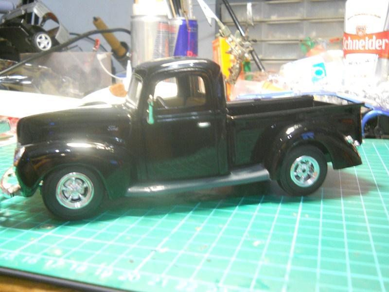 Ford 1942 Pickup 1/24 DSCN3546800x600_zpsc6a156b4