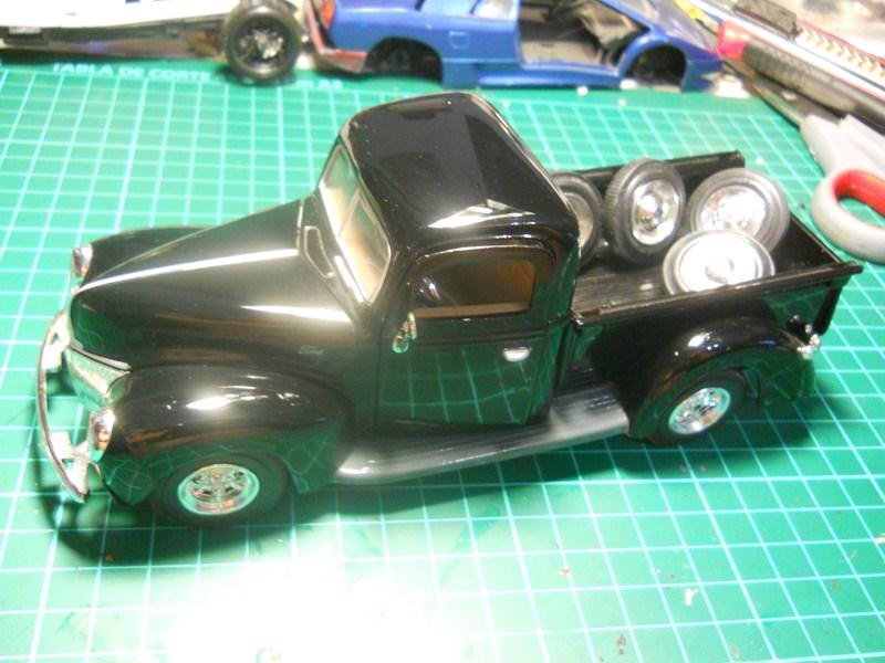 Ford 1942 Pickup 1/24 DSCN3553800x600_zpsf92409a2