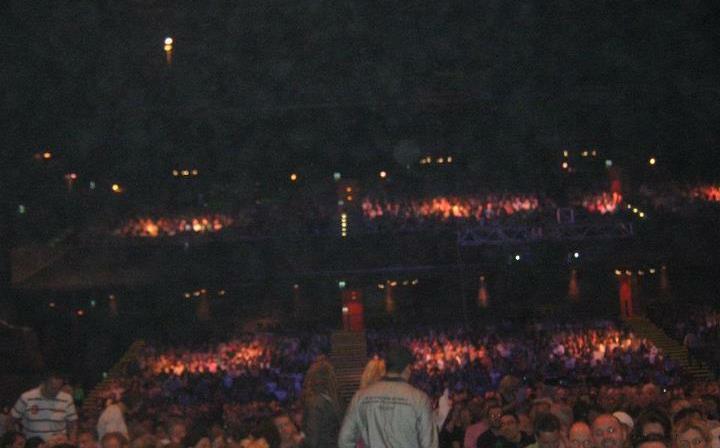 >>WORLD TOUR 2011/2012 - Página 5 Aaaa-34