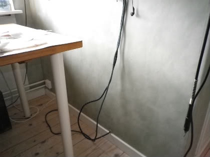 hål i vägg