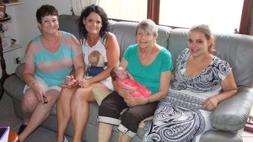 5 generations of us DSCF1057