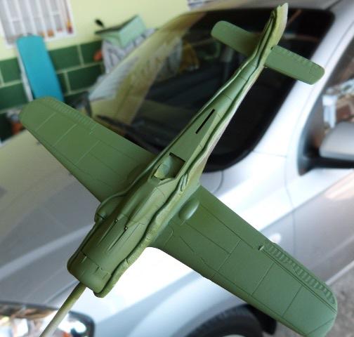 Focke-Wulf FW-190 D9, Academy, 1/72, TERMINADO Rlm83-1