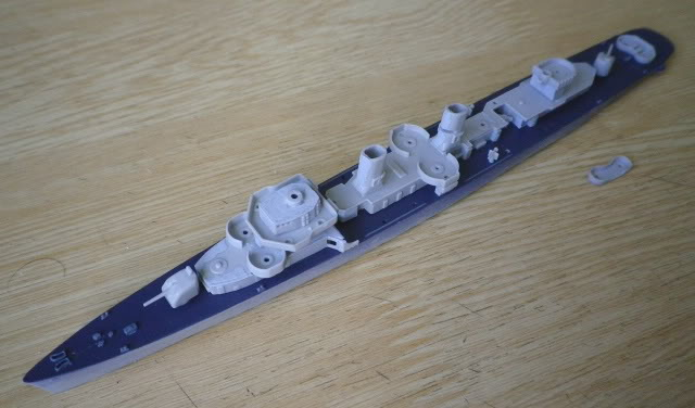 USS DD-537 The Sullivans, Trumpeter, 1/700 Present