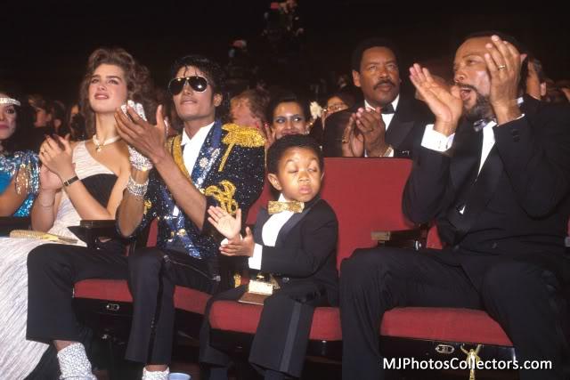 1984 26 th Grammy Awards Med_gallery_2_4_7696261