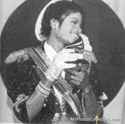 1984 26 th Grammy Awards Med_gallery_8_125_459431