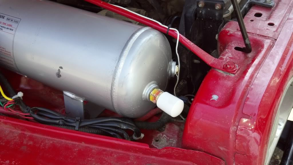 KiloTango's OnBoard Air from Stock 05' TJ Air Conditioning Compressor TankFittingCovered