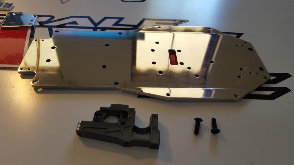 Ph@ntom Maxx chassis 20160105_140006