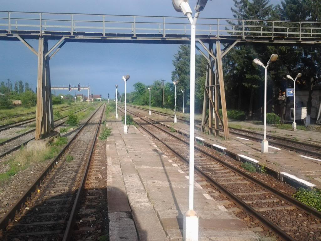 901 : Bucuresti Nord - Titu - Pitesti - Piatra Olt - Craiova - Pagina 5 Fotografie0401_zps05bb5b21