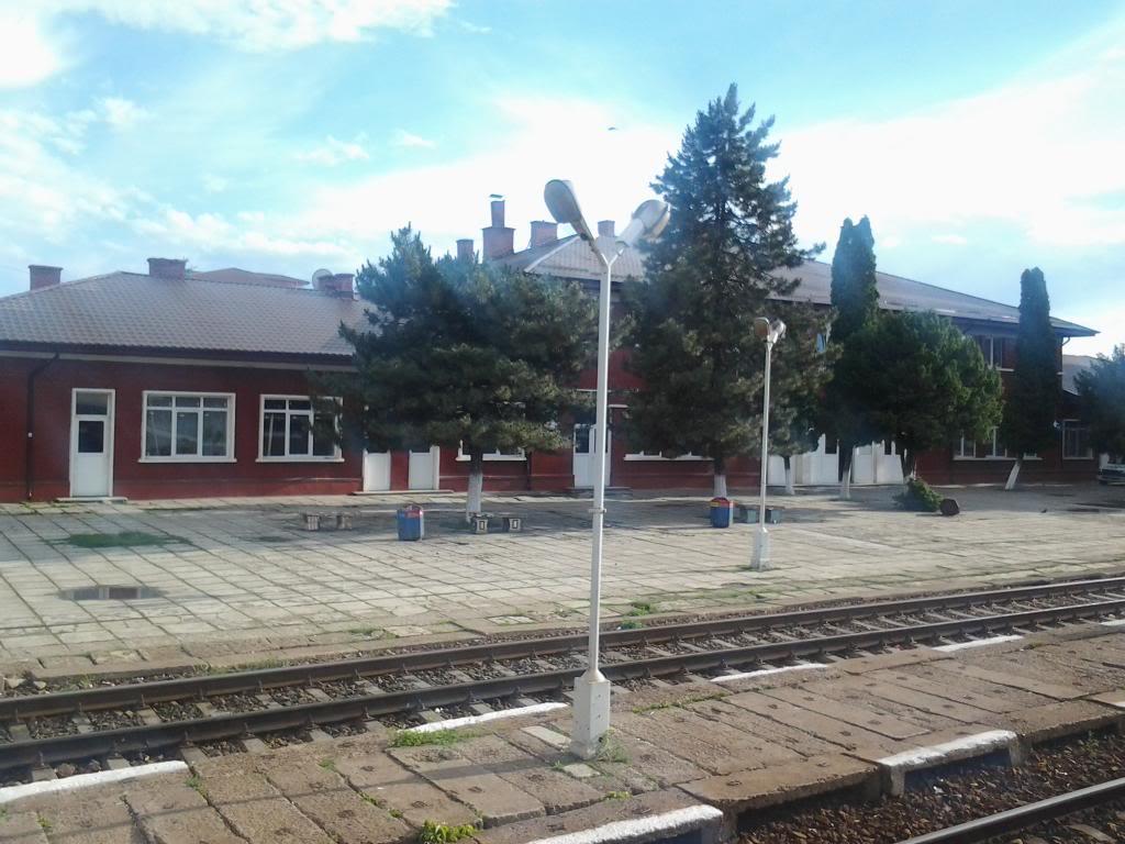 901 : Bucuresti Nord - Titu - Pitesti - Piatra Olt - Craiova - Pagina 5 Fotografie0402_zps2efa52e0