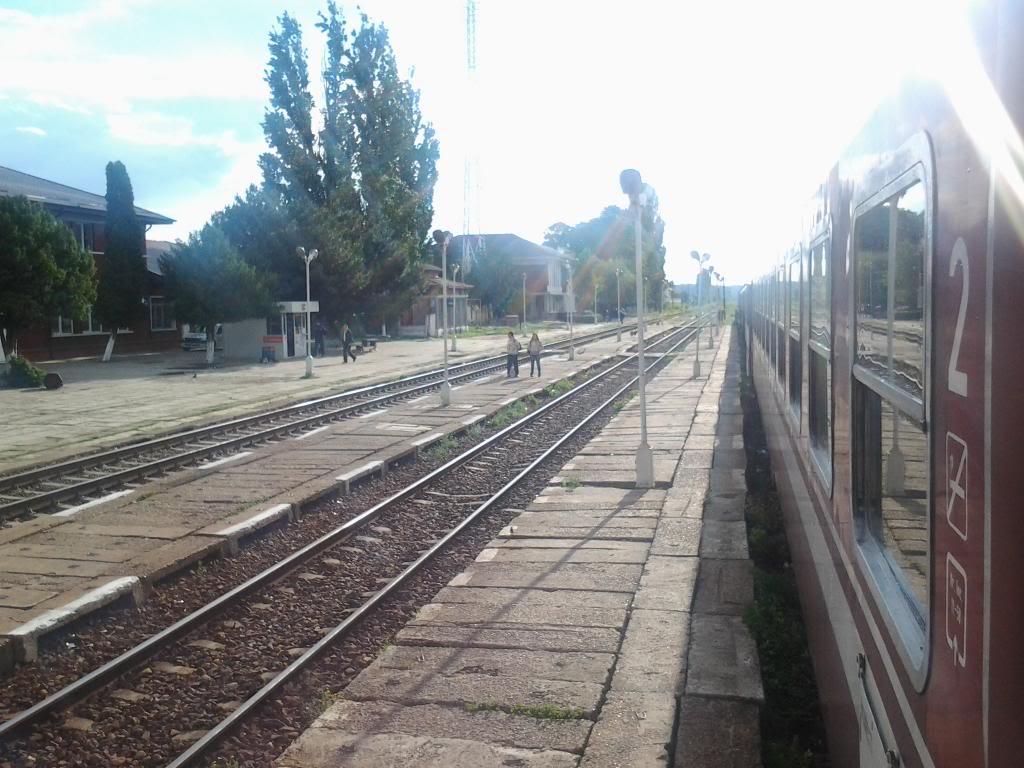 901 : Bucuresti Nord - Titu - Pitesti - Piatra Olt - Craiova - Pagina 5 Fotografie0403_zpsc175f520