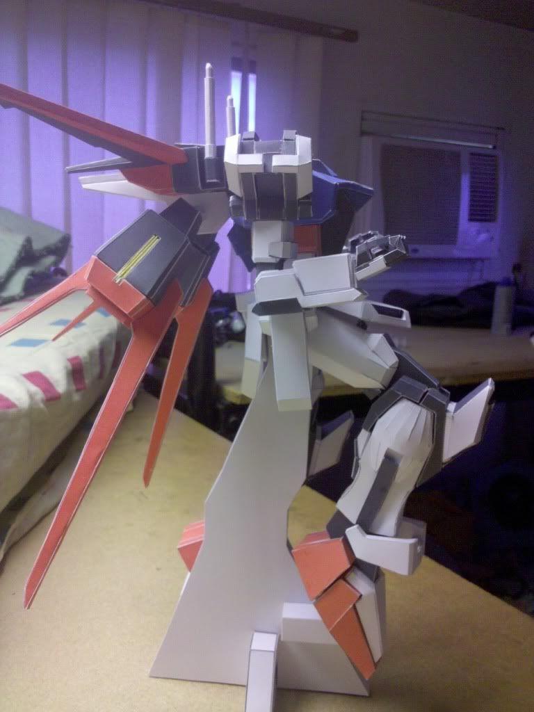 GAT-X105 Aile Strike Gundam IMG_20110416_163654