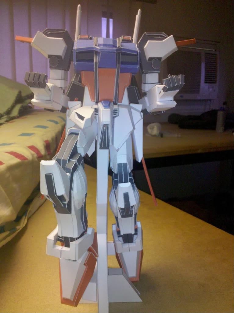 GAT-X105 Aile Strike Gundam IMG_20110416_163742