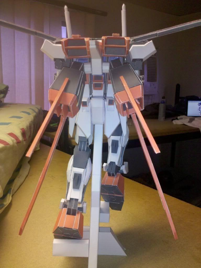 GAT-X105 Aile Strike Gundam IMG_20110416_163758