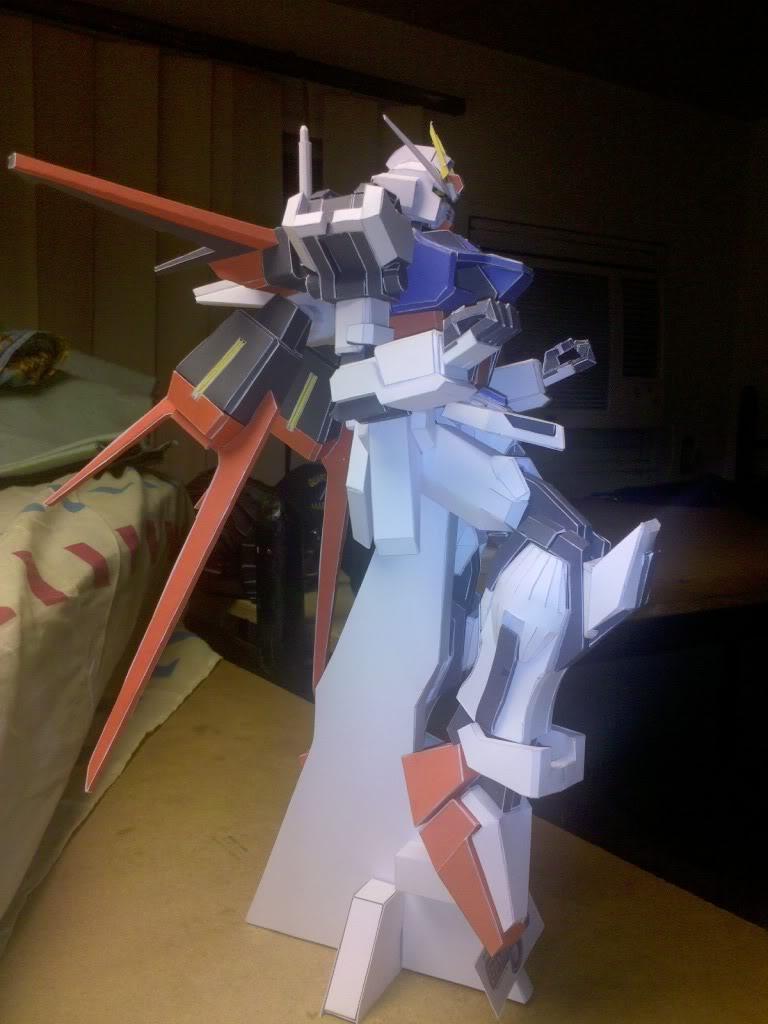 GAT-X105 Aile Strike Gundam IMG_20110417_223827