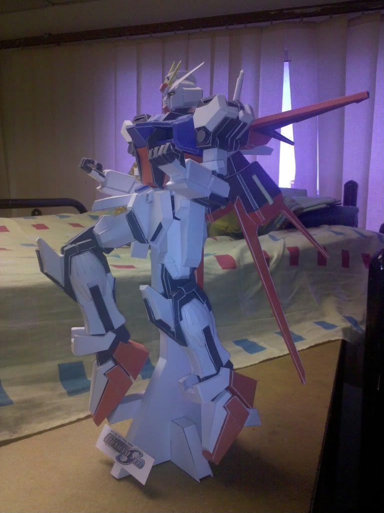 GAT-X105 Aile Strike Gundam IMG_20110418_120932