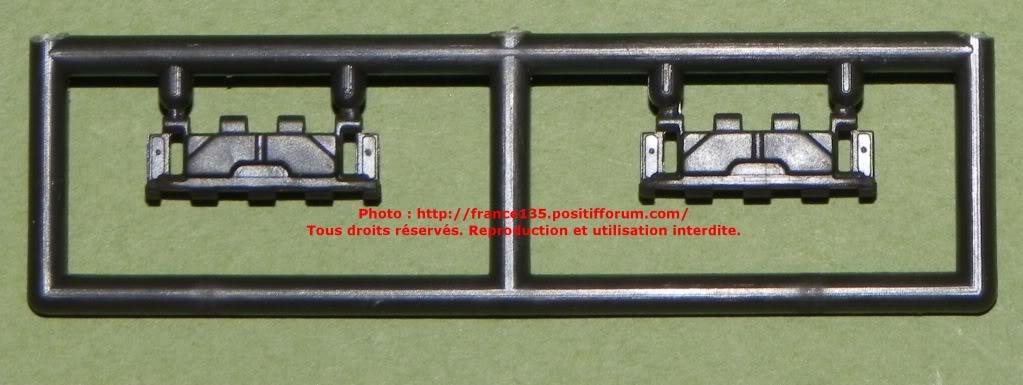 Chenilles AMX 30. Heller, ref 81301. 1/35. Plastique injecté. ChenillesAMX30_GUMKA_REFGL04_2