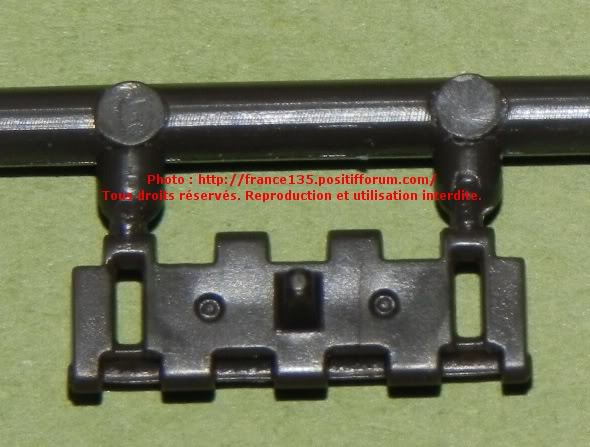 Chenilles AMX 30. Heller, ref 81301. 1/35. Plastique injecté. ChenillesAMX30_GUMKA_REFGL04_4