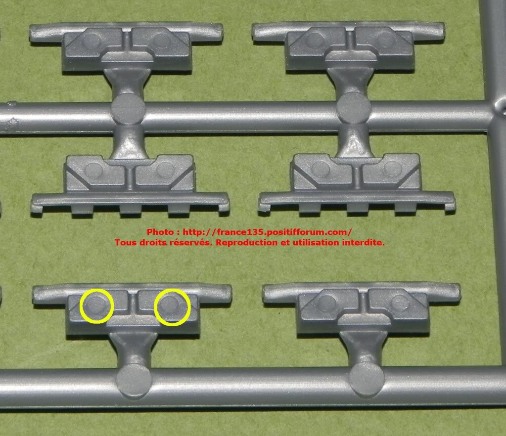 Chenilles AMX 30. Heller, ref 81301. 1/35. Plastique injecté. ChenillesAMX30_HELLER_REF81301_8