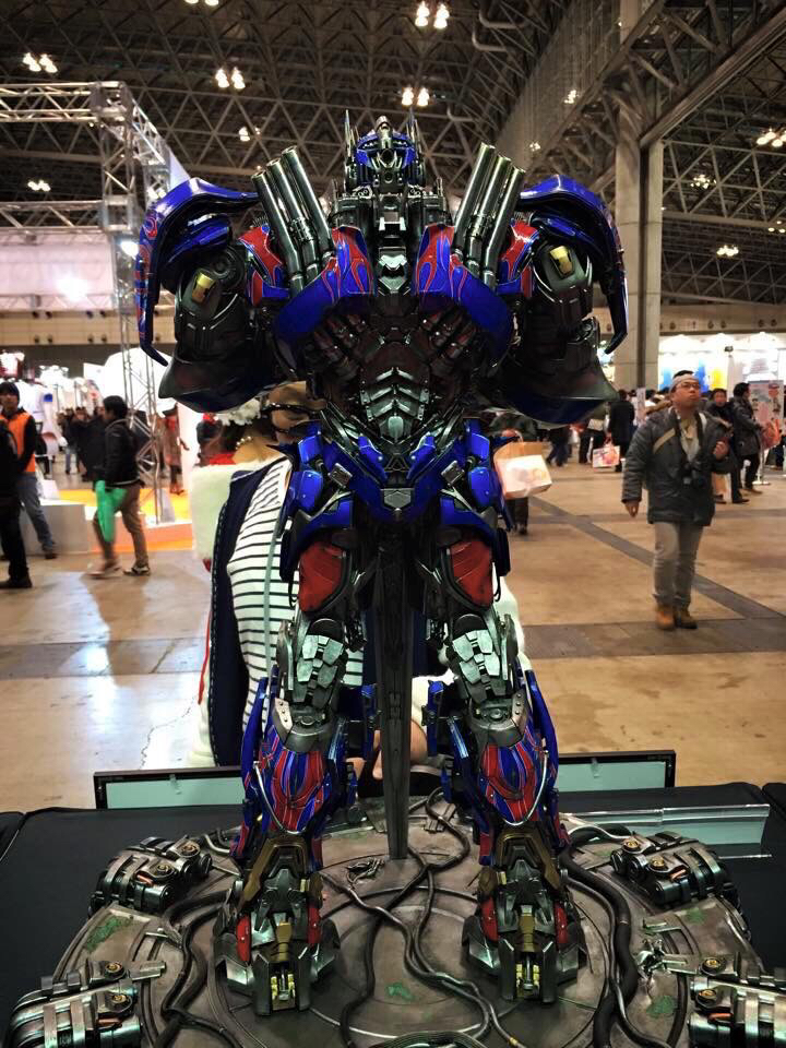 "Transformers : AoE - Optimus Prime ""Knight Edition"" Statue  291e34dacac3dcf2d42837e181b76377_zps734a6f89"