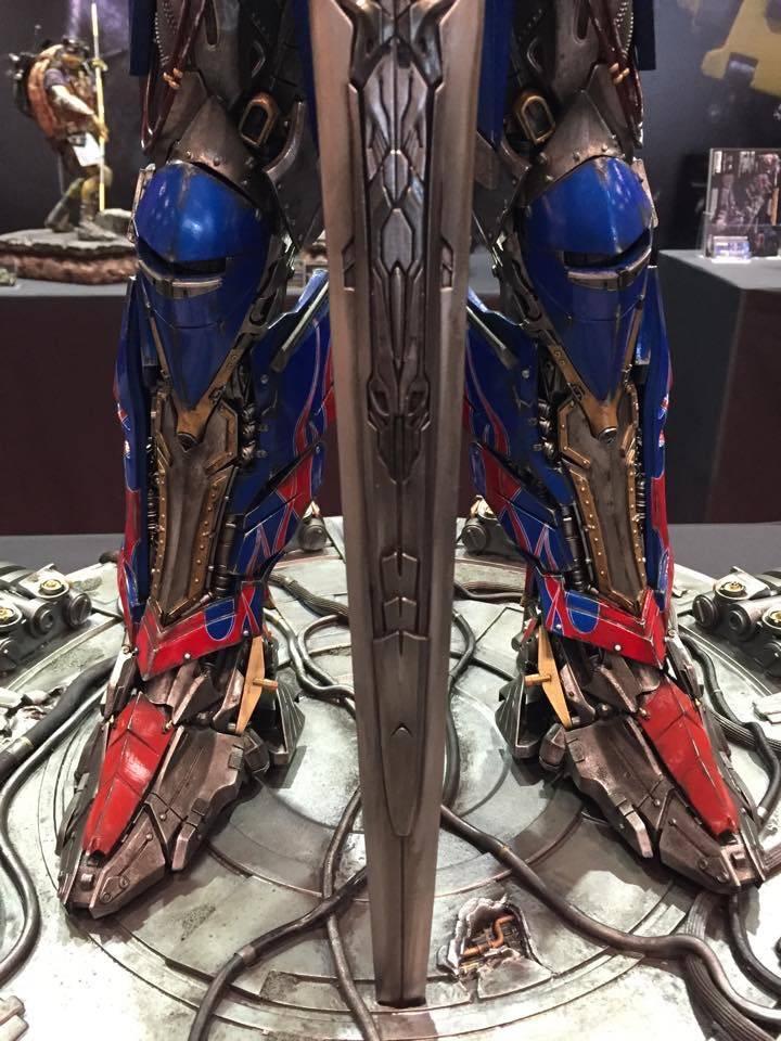 "Transformers : AoE - Optimus Prime ""Knight Edition"" Statue  0C20F754-29D0-4F17-8C7B-3BFAE7B1CF14_zpsqu2g95zf"