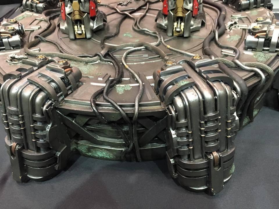 """Transformers : AoE - Optimus Prime """"Knight Edition"""" Statue  2ECE5B4C-80A9-4952-A70E-172074217F8B_zpstwge9z4d"""