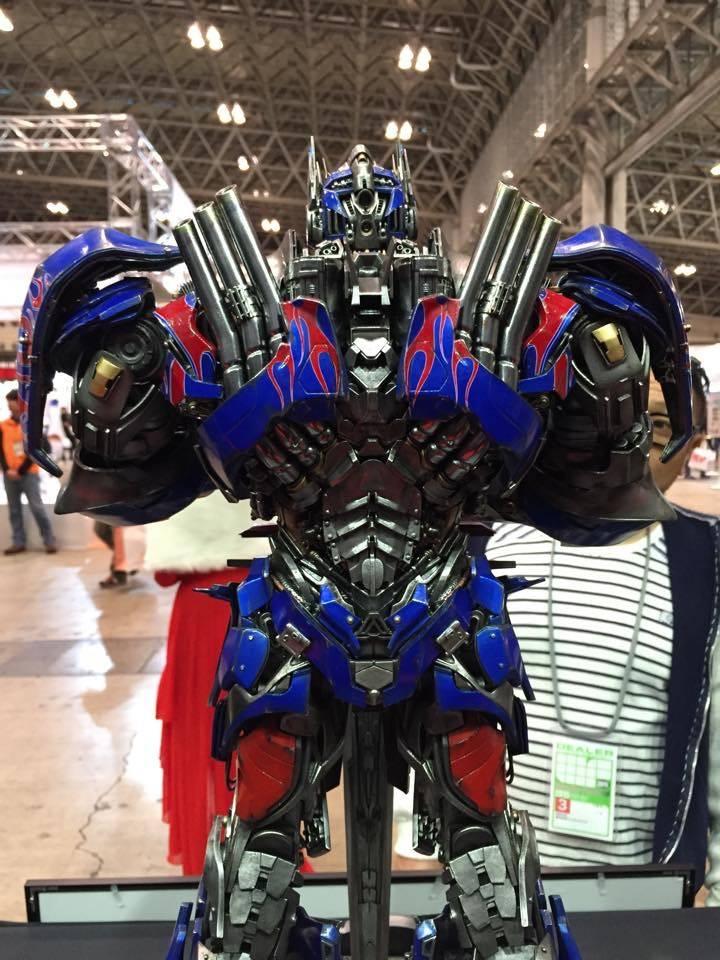 "Transformers : AoE - Optimus Prime ""Knight Edition"" Statue  44B2C4A8-B03C-4787-84D3-B26CA6AA4992_zpsbwptrbas"