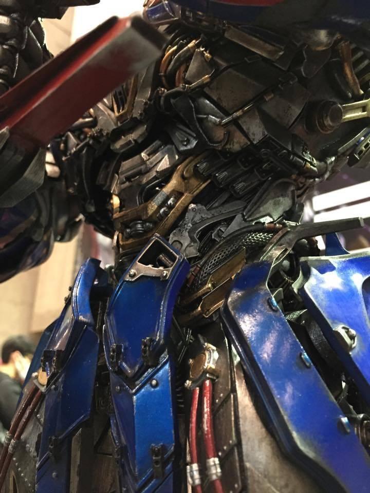 "Transformers : AoE - Optimus Prime ""Knight Edition"" Statue  804DBA66-CF8C-4F9C-8D02-B4E7816F8F08_zpsl0ws44eu"