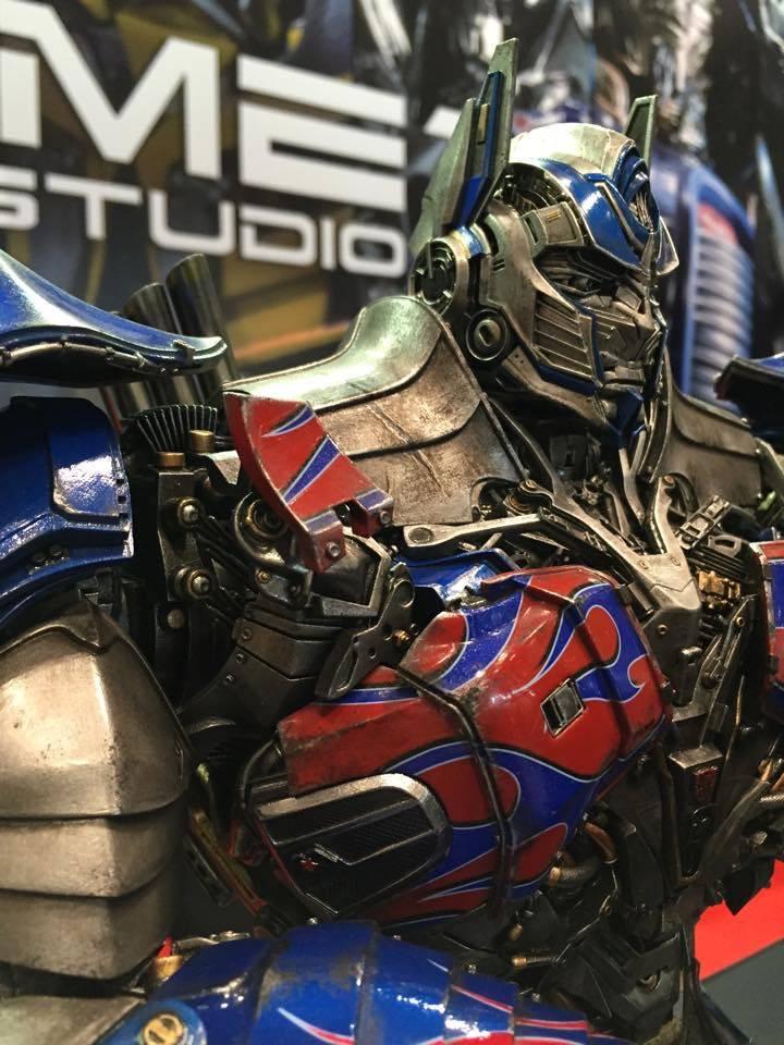 "Transformers : AoE - Optimus Prime ""Knight Edition"" Statue  896C5D79-C7D4-4A90-B35E-12A574C11995_zps31iox9mk"