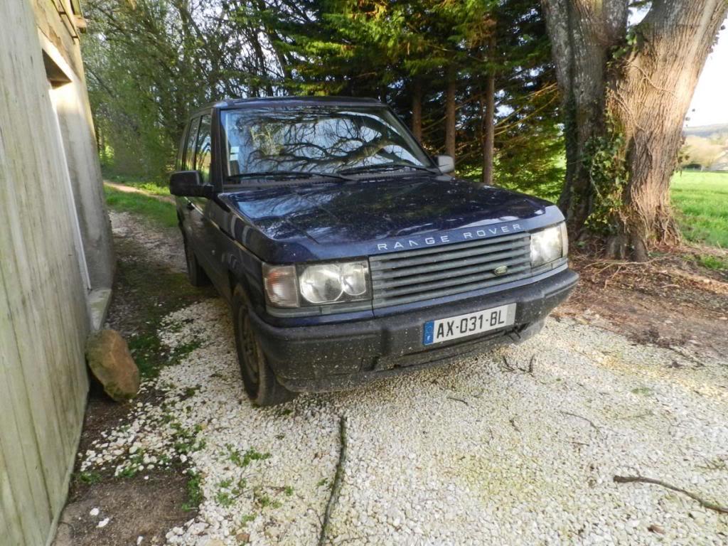 Nouveau de ce matin... Range-Rover2013-04-147_zpsad0225f7