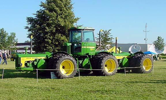 Quelqu'un a t'il des infos sur ce tracteur? 830trio_zps361ad1b2
