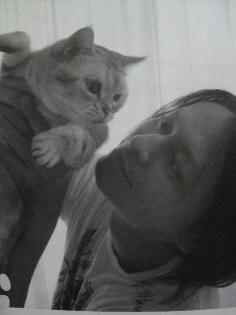 Atsushi & cats O048006401285102208556_zpsbecd6564