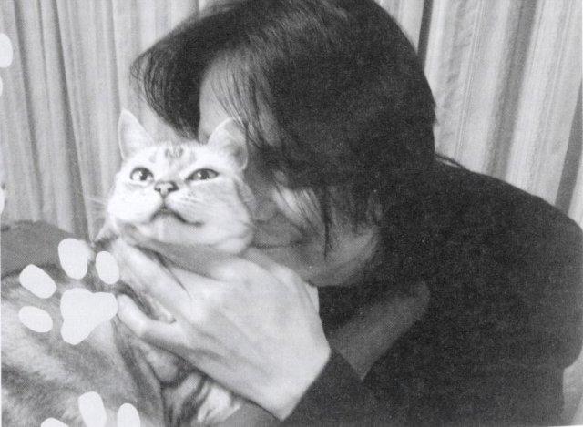 Atsushi & cats Tumblr_m0zmktFAb71qabm53o1_1280_zps2f6fb66a