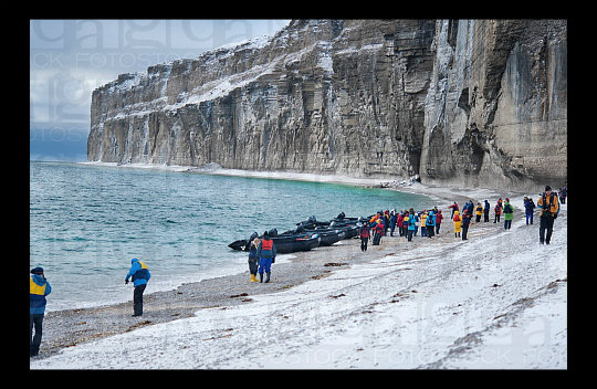 Lost Ships - The Franklin Expedition TourismintheArctic-2_zps7bf84dbe-1_zps437075f5