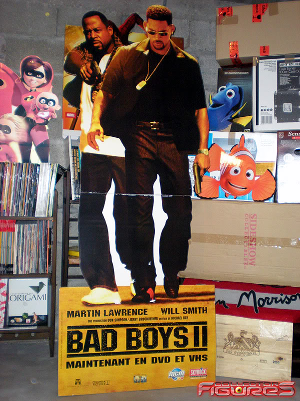 Vos PLV (Publicité sur Lieu de Vente) Toys, Films, Jeux, etc - Page 2 PLV-BAD-BOYS-2