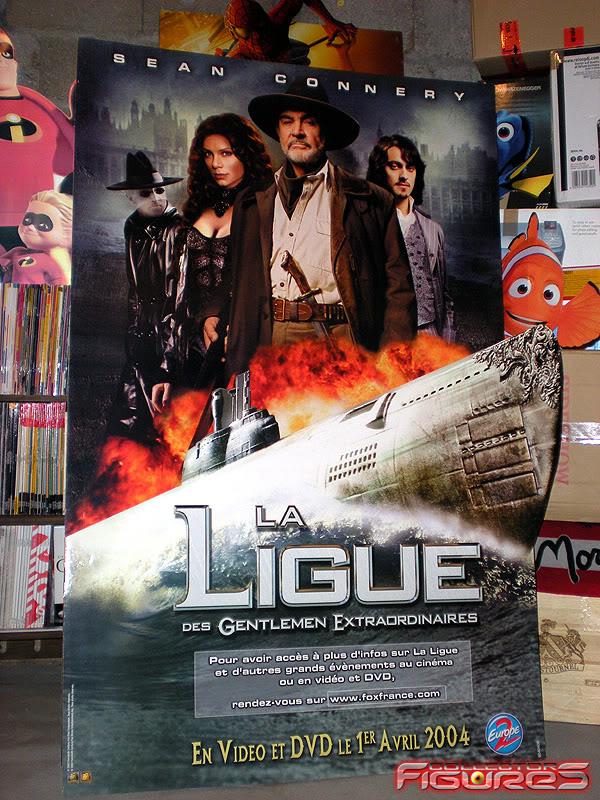 Vos PLV (Publicité sur Lieu de Vente) Toys, Films, Jeux, etc - Page 2 PLV-La-Ligue-des-Gentlemen-