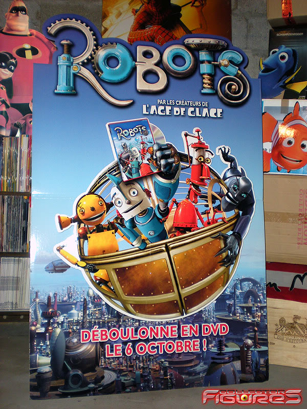 Vos PLV (Publicité sur Lieu de Vente) Toys, Films, Jeux, etc - Page 2 PLV-ROBOTS