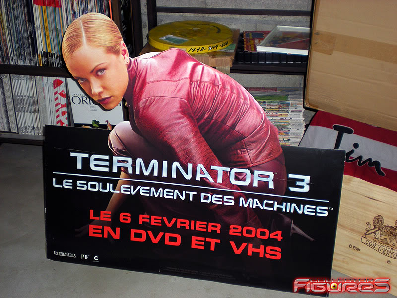 Vos PLV (Publicité sur Lieu de Vente) Toys, Films, Jeux, etc - Page 2 PLV-TERMINATOR-3