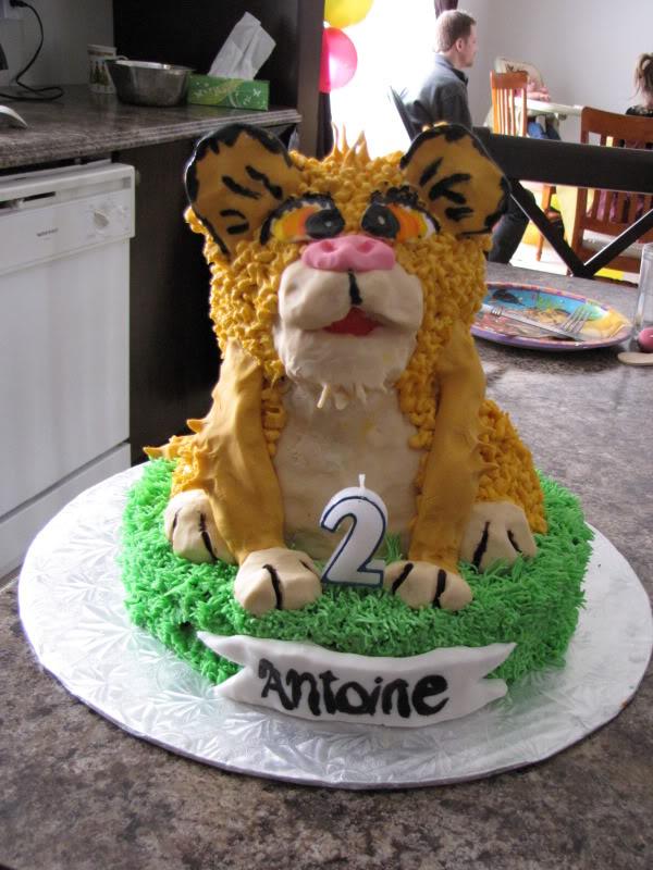 Gâteaux de fête et d'occasions spéciales - Page 2 Fte2ansAntoine9-1
