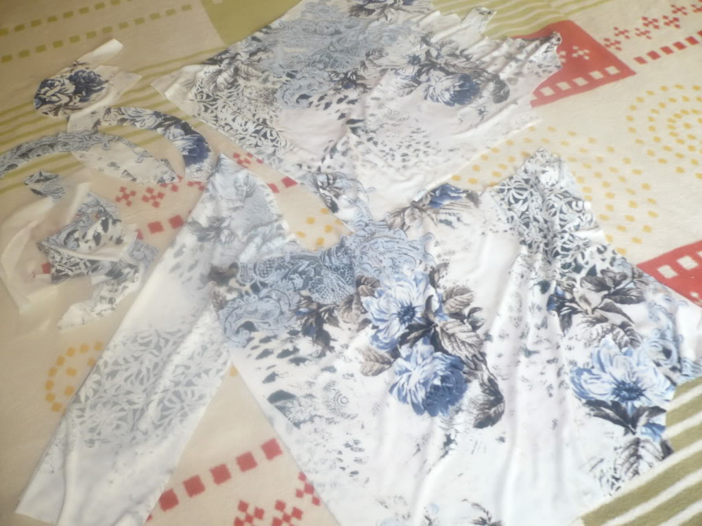 Provocarea I, la croitorie: maleta/ helanca  - Pagina 3 P1130547