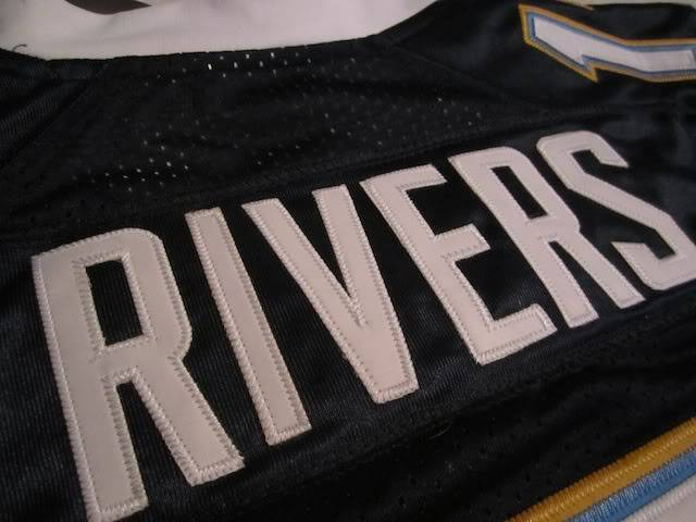 Is this a real philip rivers jersey? IMG_0815