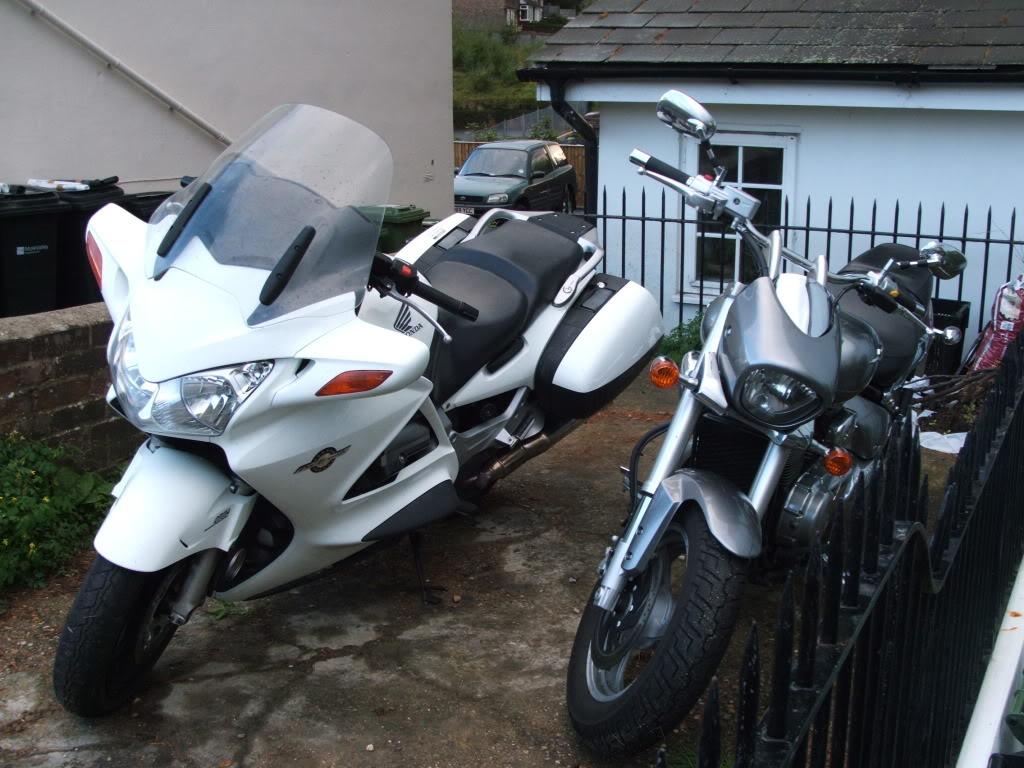 My Intruder and new Pan .......... 2010 Suzuki M800 DSCF5914