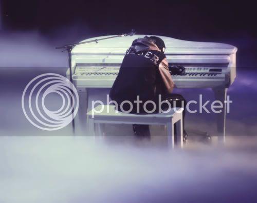 Justin Bieber - Page 3 Tumblr_li5suwb3sK1qcx98no1_500_large
