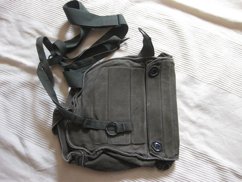 Nueva militaria US GasmaskM17US1_zpsc23ff1c4