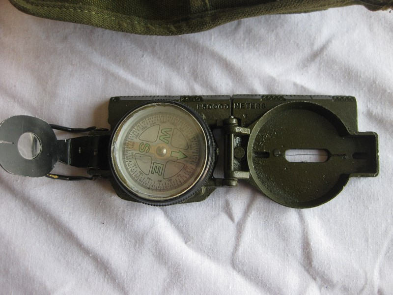 Nueva militaria US FirstaiddressingshellUSNAMampMagneticcompass012_zps3b5907a2