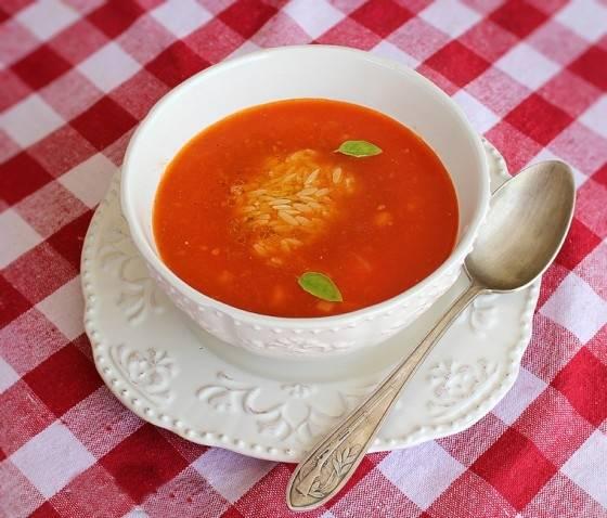 Tomato soup Tomato-soup-1-560x478