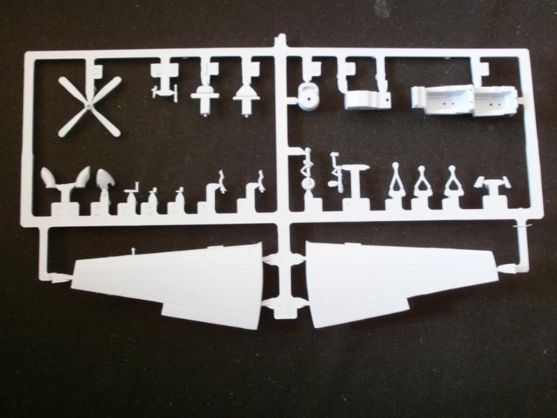 SHORTS TUCANO T.1 1/72 AIRFIX P3270521
