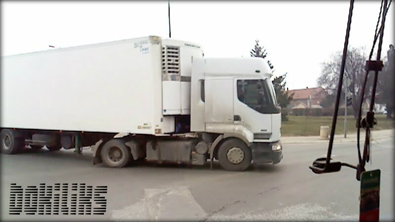 Renault kamioni 120310-1328-1
